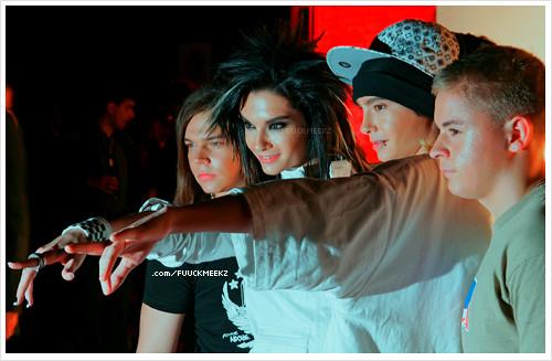 Tokio Hotel por @ u n end l i c h k e i t;*.