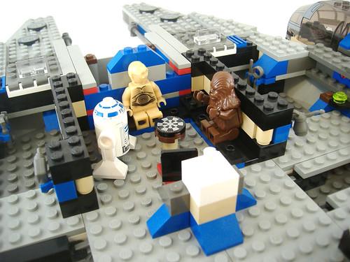 8 LEGO MF 4