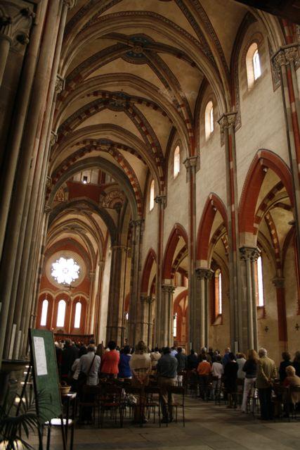 Sant'Andrea, Vercelli, interno