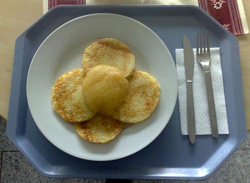 Pfannkuchen & Apfelmuß