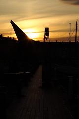 Gun Crane Shillouette II (AdurianJ) Tags: pictures camera canon europa fotograf sweden capital capitol digitalcamera dslr scandinavia europeanunion suecia lenses   northerneurope  nrdico escandinavia     adurianj