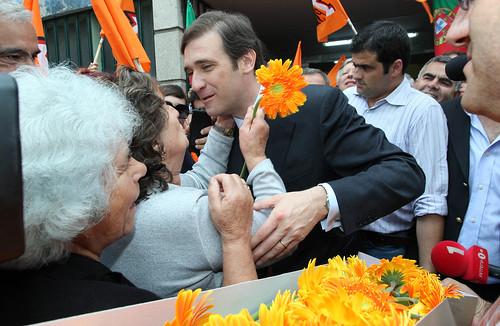 Pedro Passos Coelho arruada em Vila RealIMG_2481