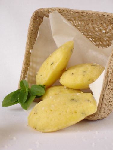 Basil and parmesan madeleines