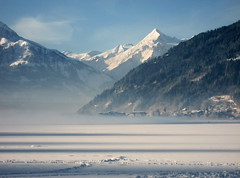 the frozen lake at zell am see (Jasmic) Tags: mountain lake holiday ice austria frozen freezing zellamsee zell