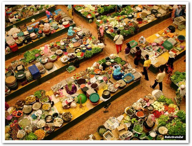 Pasar-Siti-Khadijah-di-waktu-pagi