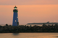 Santa Cruz Harbor Lighthouse (jdmuth) Tags: sunset santacruz lighthouse