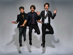 Jonas Brothers Outake (lovegoodgirl217) Tags: people musician music fulllength performingarts band few americans males prominentpersons celebrities whites musicalgroup thejonasbrothers nickjonas kevinjonas joejonas