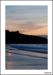 The end of my holidays (Cameno) Tags: sunset sea lighthouse seascape beach water d50 faro mar agua nikon wave playa puestadesol santander ola cantabria svb sanvicentedelabarquera