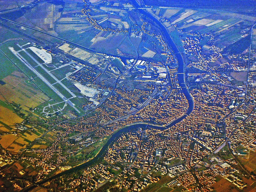 Pisa, Airport and Arno River