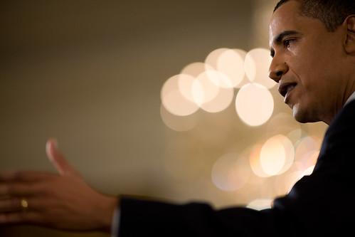 フリー画像| ニュース系| バラク・オバマ/Barack Hussein Obama, Jr.| アメリカ大統領| 黒人| アメリカ人| 人物写真| 横顔|    フリー素材|