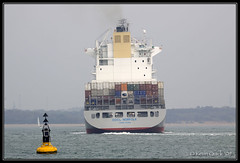 OOCL Norfolk (leightonian) Tags: uk island boat ship unitedkingdom isleofwight solent gb containership isle cowes wight iow buoyant