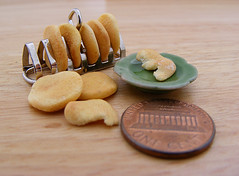 Miniature Pitas (Shay Aaron) Tags: food scale kitchen israel miniature salad mediterranean handmade aaron middleeast fake balls mini vegetable fimo arab tiny shay oliveoil falafel 12th 112  hummus pinenuts dollhouse petit pita sesamepaste tahini     tehina            shayaaron