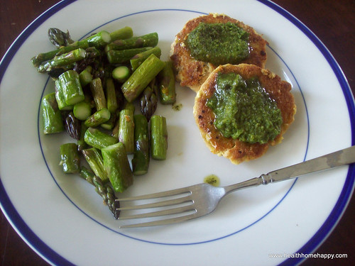 GAPS meal of salmon patties, asparagus, and basil olive oil