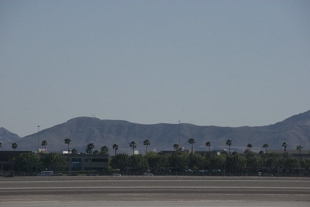 D5 mountains from airport 2