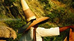 Big hat in Taganga (:: バレン マオ VISUAL ARTIST ::) Tags: sea costa naturaleza beach nature hat canon atardecer coast mar interestingness colombia colombian negro playa mexican fisher blackpeople sombrero santamarta taganga mexicano pescador charro colombiano evenning mejicano cañaflecha s5is afrodescendiente mauriciovalenzuela