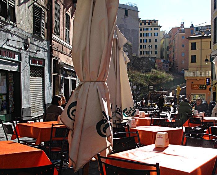 genoa-piazza-erbe-1445