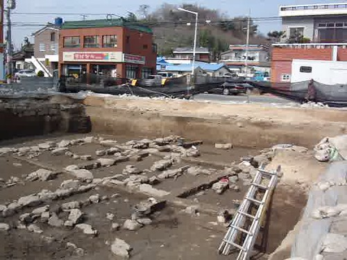 3310294537 c62c1402b1 Koryo   Archaeology in Gimhae