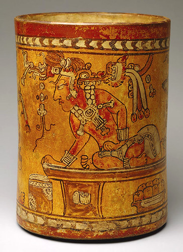 008 –Vaso cerámica con escena del Trono-siglo VIII Guatemala