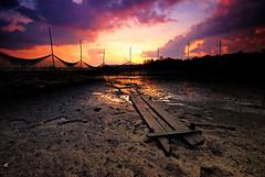 Sunrise (kezumix) Tags: sky sunrise landscapes nikon singapore imaging surroundings sigma1020mm nikin d80