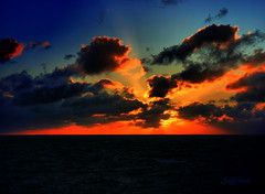 Sunset North Atlantic (S@ilor) Tags: ocean sunset sea sun set clouds mar colorful north atlantic 1001nights icebergs mignon silor magicalskies 1001nightsmagiccity