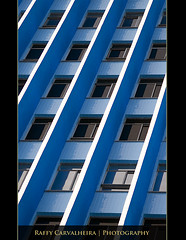 Repetition (Raffy Carvalheira) Tags: life travel family blue windows brazil favorite white building art love window rio sex brasil riodejaneiro canon fun photography photo interestingness google interesting day pattern personal photos internet lifestyle myspace romance fave adventure explore digitalcamera inspirational month monthly raffy janelas predio facebook xti bresile 400d rebelxti canonrebelxti carvalheira raffycarvalheira
