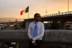 IV/3LX5 MEXICO LINDO (pabloci) Tags: sunset mountains mexico flag bandera rushhour spontaneity cooltie