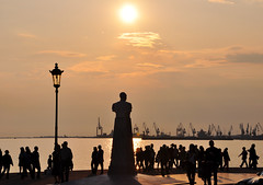 Thessaloniki's Silhouettes (Faddoush) Tags: sunset golden nikon silhouettes hellas greece thessaloniki salonica d90 faddoush