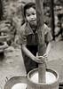 Girl grinding rice - Laos (Eric Lafforgue) Tags: test asia rice pillar asie laos lao riz akha 老挝 piler 3685 lafforgue ラオス ลาว laosa 라오스 寮國 лаос laosz λάοσ لائوس laosas լաոս