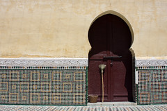 Broom On The Door (MykReeve) Tags: door wall tile arch courtyard doorway morocco mausoleum tiles broom tiling meknes zellij mausoleumofmoulayismail