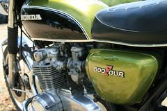Honda 500 four (verner_oscar) Tags: red france bike canon honda rouge four japanese europe burgundy moto motorcycle 70s cote 500 dor bourgogne japon japonaise legende prenois monocylindre