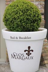 Bed & Breakfast Clos Margaux (GLOBI  FUZZI) Tags: green hotel belgium belgie belgi westvlaanderen knokke grn bedbreakfast nordsee flanders belgien westflanders canoneos50d westflandern closmargaux globifuzzi