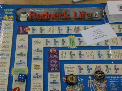 Redneck Life - Gameboard Up Close