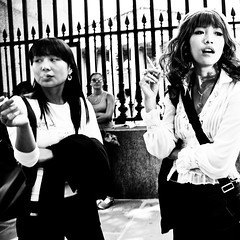Smokin' Hot ( Rob H ) Tags: street bw asian ditch candid smoking keep oriental britishmuseum smokers onthefly keep2 keep3 keep4 keep5 keep6 keep7 keep8 keep9 keep10 streetphotographycandidstreetportrait