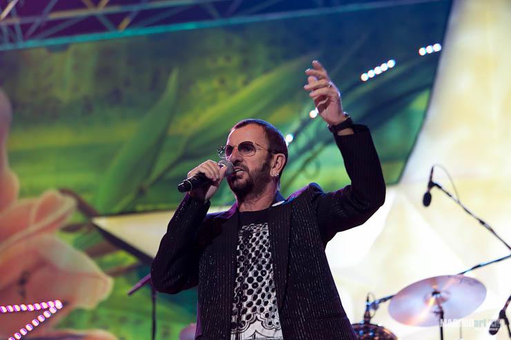 Ringo Starr Concert in Riga 2011-5.jpg