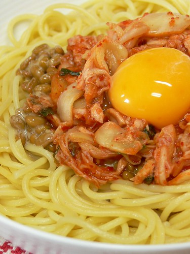 キムチとツナと納豆のスパゲティ丼