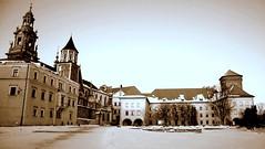 Wawel in snow (Grzegorz Chorus) Tags: krakoff