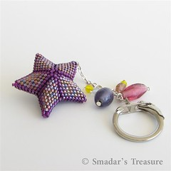 Three Dimentional Beadwoven Star Key Ring (Smadar's Treasure) Tags: 3d etsy bao giveaways beadartoriginals