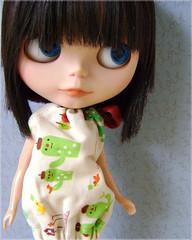 Megan  (Mari Assmann) Tags: portrait closeup toy doll megan plastic blythe   boneca custom takara ebony jouet plstico poupe rbl tekaefabi primadollyebony pd2e decolello sabrinaeras sonydscs730