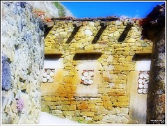 Asturias - Antígona (mariag.) Tags: españa maria asturias 2008 picnik emparedada antígona