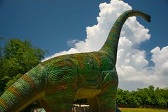 Towering over Baluarte - 4773 (TheHouseKeeper) Tags: travel vacation sculpture tourism animals statue fun zoo george tour dino dinosaur philippines tourist spots vigan ilocos mateo filipinas pilipinas gregorio pinas baluarte destinations ilocandia ilocossur thk thehousekeeper balwarte singson chavitsingson georgemateo gregoriomateo gcmateo