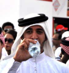 start the summer... with frish water =P (Yousif ALmulla) Tags: summer water start bahrain al with bin khalifa hh p hamad khalid sheikh bhr issa        frish sujassim b