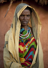 Veiled Borana woman - Kenya (Eric Lafforgue) Tags: africa portrait people face kenya culture tribal human tribes afrika tradition tribe ethnic ramadan tribo gens visage afrique ethnology tribu eastafrica qunia 5686 lafforgue ethnie  qunia    kea    humainpersonne a