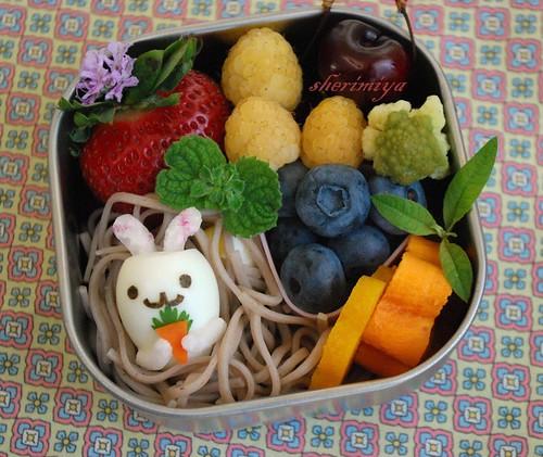 bunny egg bento (by sherimiya ♥)