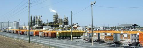 Flatstanley FL Feb 2009Orange Processing Plant with Trucks