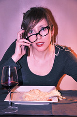 Narcolept...zzZZZZzz.... (Thatshere) Tags: woman selfportrait autoportrait femme narcoleptic narcoleptique