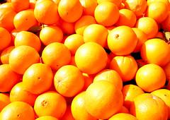 Orange (lorenzopalumbo) Tags: italy orange rome roma italia market frutta mercato arancione arance panasoniclumixdmcfz28