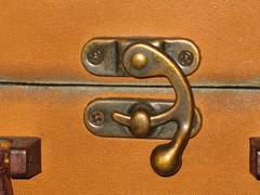 Suitcase latch