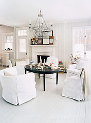 domino white living room