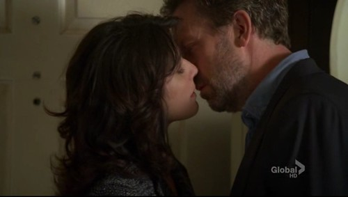 cuddy and house. House Cuddy Kissing