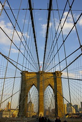 El millor neogotic / The best neo-gothic (SBA73) Tags: nyc bridge sunset usa ny newyork tower brooklyn puente photo amazing torre unitedstates manhattan group arches landmark cables brooklynbridge pont hanging neogothic arcs arcos estadosunidos nuevayork vespre icona the colgante novayork neogotic puentedebrooklyn penjant neogotico estatsunits aplusphoto pontdebrooklyn 100commentgroup mygearandmepremium